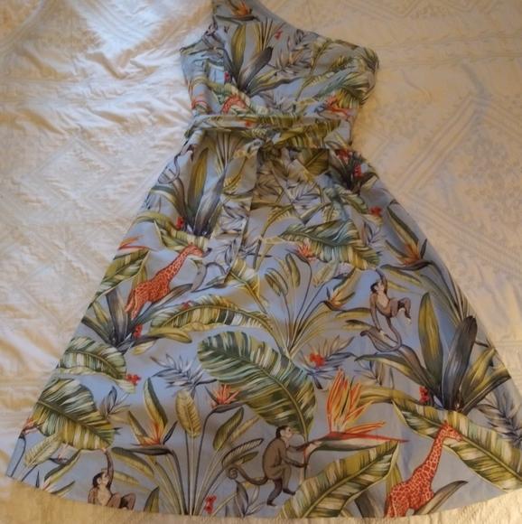 Ann Taylor Dresses & Skirts - Tropical print asymmetric dress
